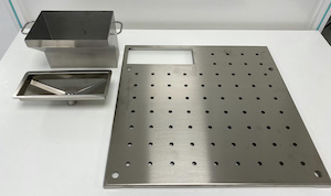 <b>Perforated shelf for SX formalin funnel</b><br />P/N: 106652
